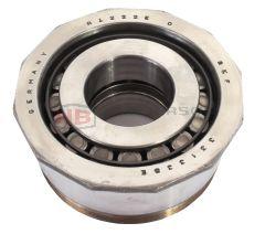 521676C, 331335E, 113311219B Volkswagen Double Cup Gearbox Taper Roller Bearing SKF 35x82x39.5mm